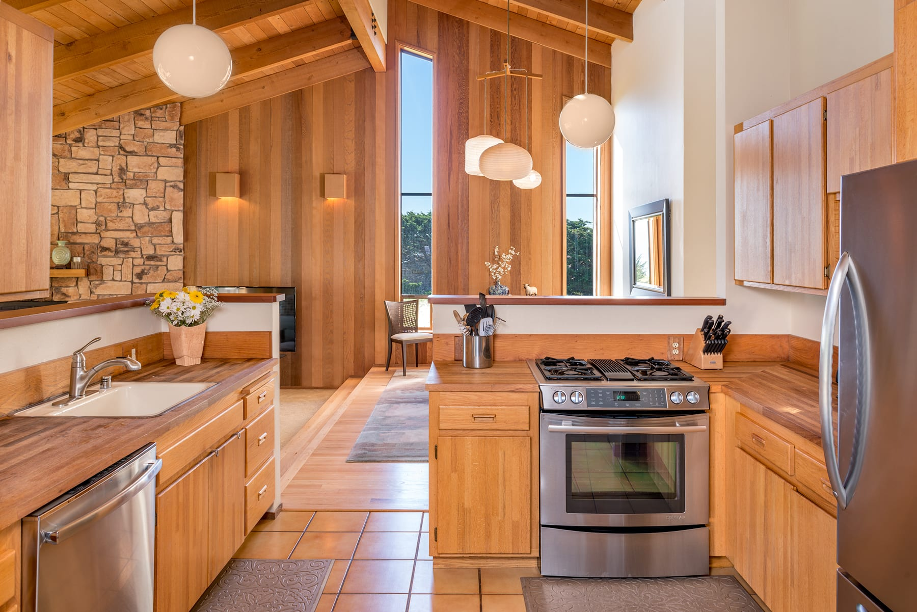 kitchen, Living Room, Sea Ranch, Abalone Bay ,Vacation Rental,Sea Ranch, Packing List , Abalone Bay , Vacation Rental