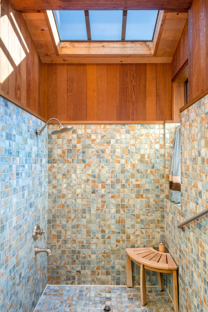 Bathroom, Sea Ranch , Abalone Bay, vacation rental,Sea Ranch vacation rental Abalone Bay Vacation Home.